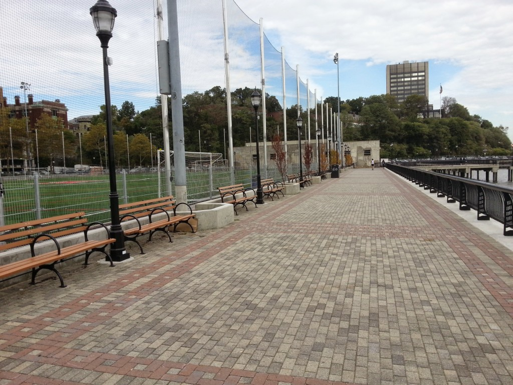 sinatra park walkway thumb
