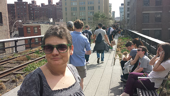 Laurie joins the crowds along the High Line.